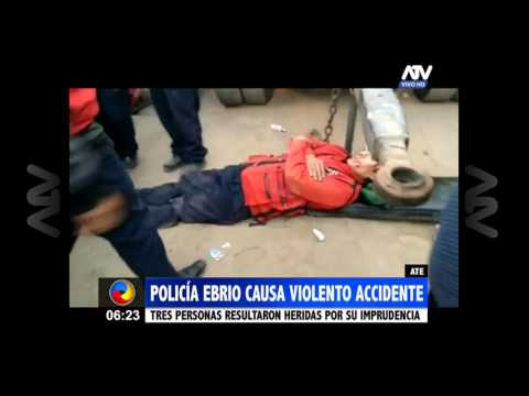 Ate: Policía ebrio causó un violento accidente de tránsito