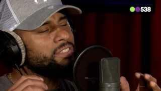 2 Parte del hombre que canta igual que Bob Marley