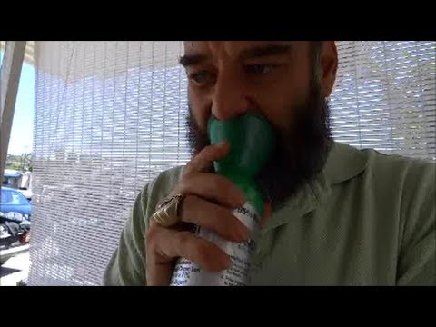 Boost Oxygen O2 Air Inhaler Sports 95% Pure Demo Energy Review Test Portable Canned Video