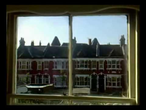 L'un Dans L'autre (avec Christophe) - Erik Truffaz (Official Video)