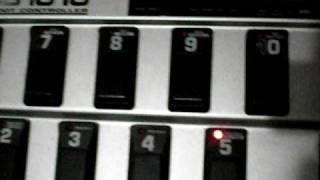 Repeat youtube video Setting up the Behringer fcb1010 and Tc Electronic G major tap tempo function!
