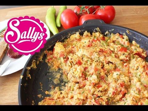 Menemen / türkisches Rührei / Eierspeise / vegetarisch / Sallys Welt