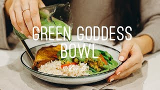 Today I am showing you my new favourite meal which is this green go...