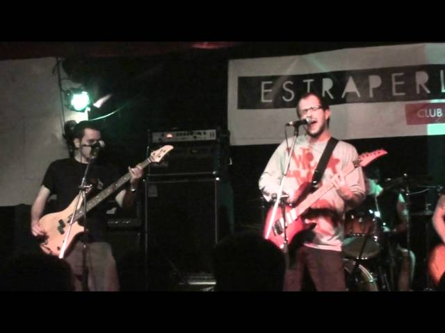 WE THE PEOPLE- Official video kids (Sala Estraperlo 4-11-11) Videos De Viajes