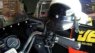 カワサキKZ1000P ダミーのラジオスピーカーに小型のBluetoothスピーカー...