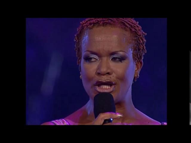 Ruth Jacott - Ik kan Echt Zonder Jou (Vals Verlangen Tour Live in Carrè) 2000