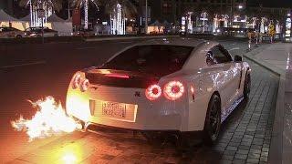 Nissan GT-R shooting HUGE FLAMES in Dubai!