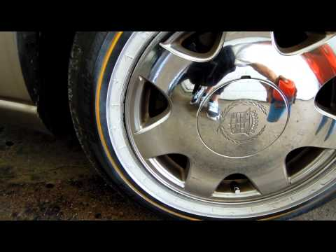 BEST WAY TO CLEAN VOGUES / HOW TO CLEAN VOGUES