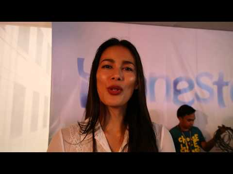 "INTERVIEW: Angel Aquino on ""HONESTO"" & The Chikka That She's Gay"