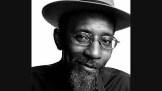 Linton Kwesi Johnson - Fite Dem Back