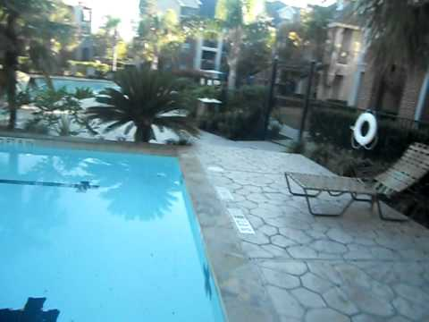 Houston Apartments Resort Style Living With a Broken Lease 281.818.3045  AG38