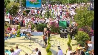 Vanilla Ninja - Dangerzone (ZDF Fernsehgarten 11 06 2006)