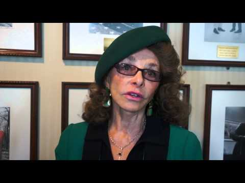 Linda Moulton Howe Interview - Accounts of Androids and Animal Mutilation