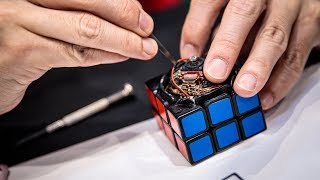 Self-Solving Rubik's Cube Robot!