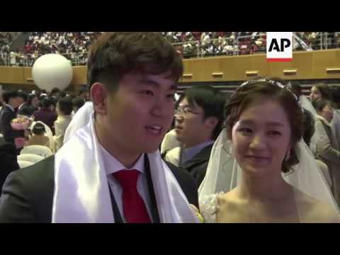 Thousands Marry In M Wedding At Unification Church