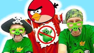 Eli and daddy like a green Pigs create story about Angry Birds