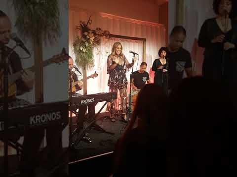 Jessica Mauboy - Fallin LIVE