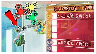 CAN I WIN A FIDGET SPINNER FROM STACKER? || Arcade Games