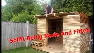 Pallet Summerhouse (Roosters Cabin)