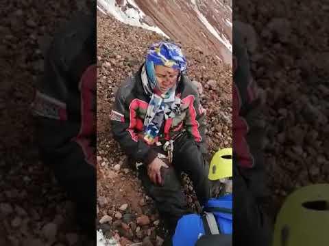 VIDEO: Montañista de México cae del Chimborazo 80 metros y es rescatado por el GOE