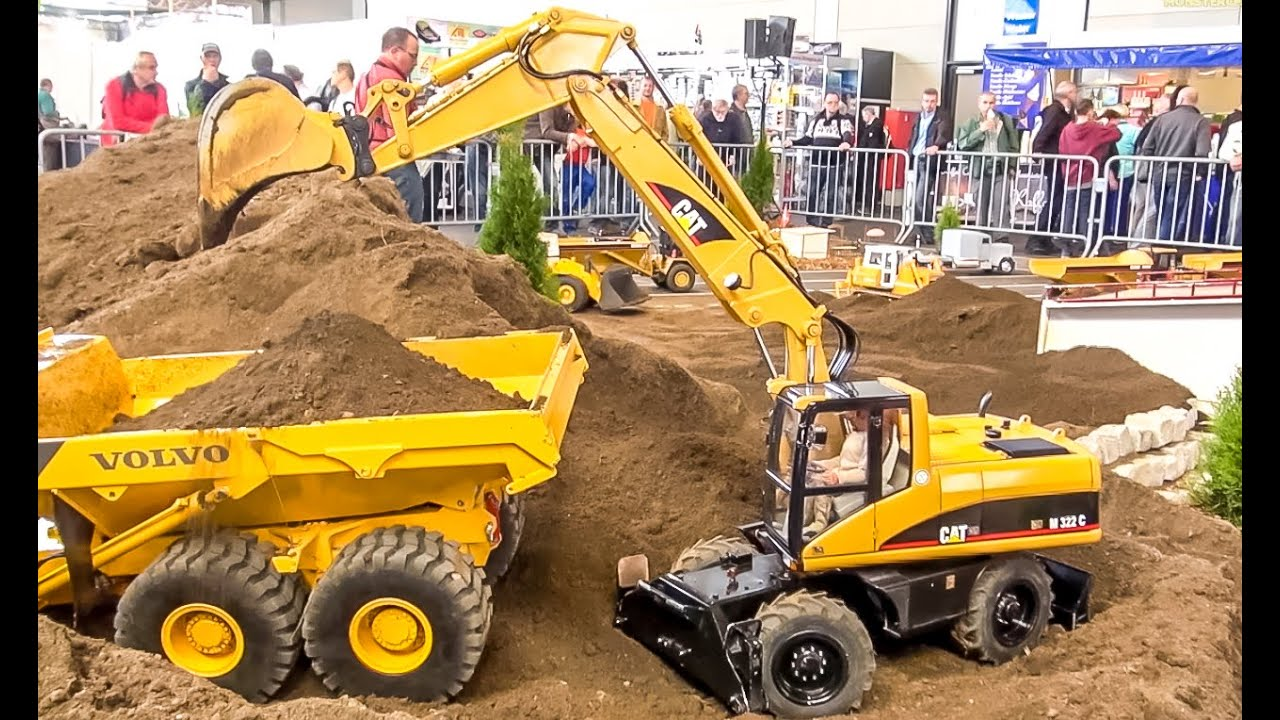 BIG RC 18 Scale Excavator Caterpillar At Work Amazing Construction Model