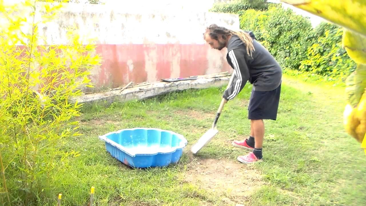 Estanque casero para el jardin capitulo 1 doovi for Pileta con peces