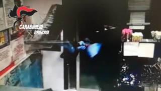 video rapina tabaccheria perrino