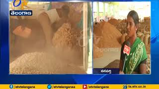 Groundnut Farmers Struggle | to Get MSP for Crop | in Wanaparthy