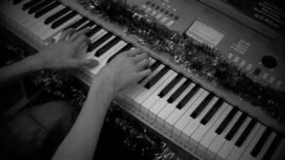Russian Roulette - Rihanna (Piano Cover)