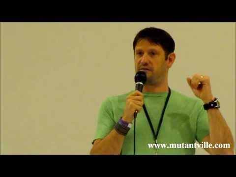 Grant Wilson Fandom Fest 2013 Talks about leaving Ghost Hunters