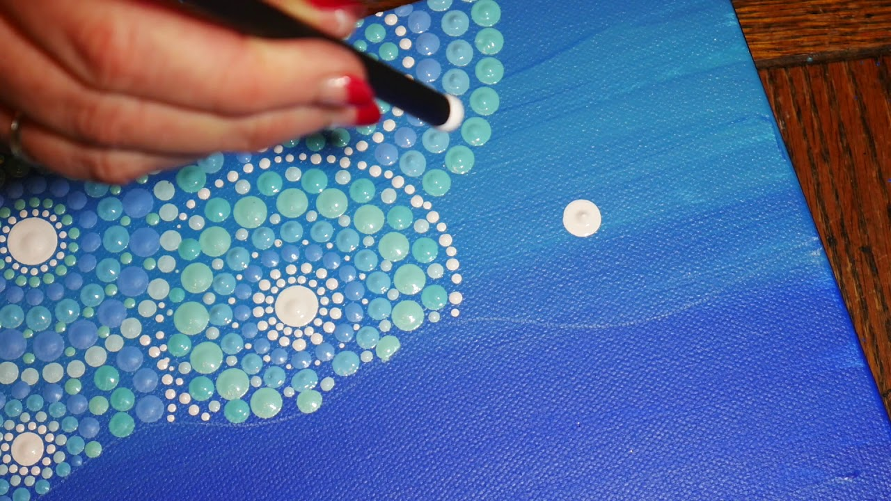 How to paint dot mandalas with kristin uhrig 30 the for What to do with a canvas