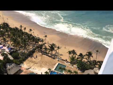 Crowne Plaza acapulco. Mar de Fondo