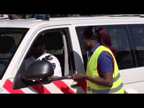 De Dino Show: Judeska Taakstraf -  Verkeersregelaar