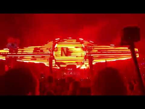 Martin Garrix & Ryan Tedder - ID (EDC Las Vegas 2018 ) Tribute To Avicii