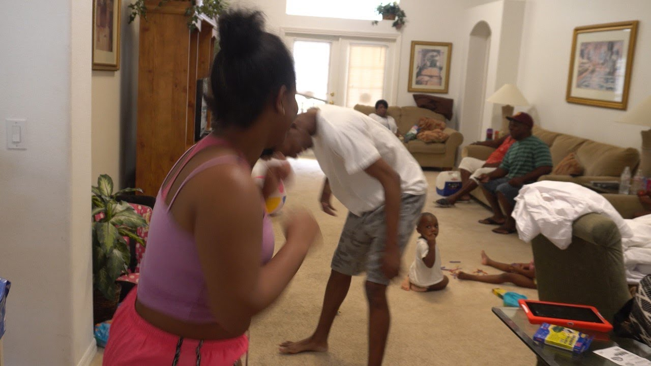 BABY MAMA BEATS UP BABY DADDY IN FRONT OF HIS WIFE AND KIDS ...