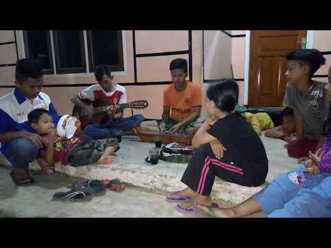 Gamelan Mini (saron) | Belajar Mengajar memainkan alat musik trdisional