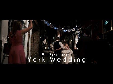 The Perfect York Wedding     Merchant Adventurers Hall