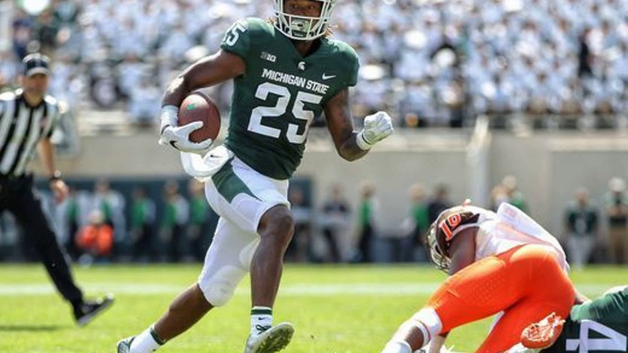 Michigan State overcomes sloppy start to dominate Bowling Green, 35-10