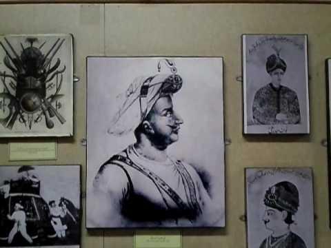 LAHORE MUSEUM PAKISTAN :[ AZHAR-E-KHAYAL ALI KAMRAN DHILLON K SATH ] PART-4 .