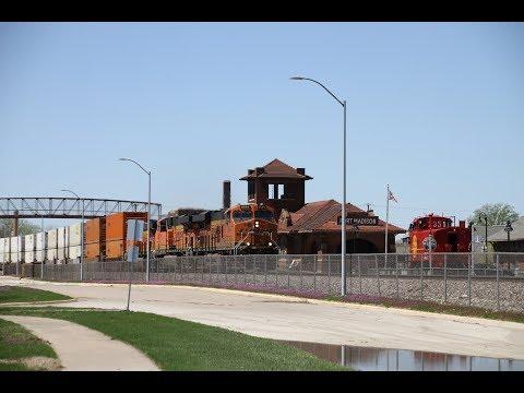 Railfanning Fort Madison, IA 20 April 2019