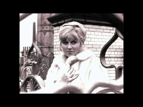 Jackie Trent - Reach Out (I'll Be There)