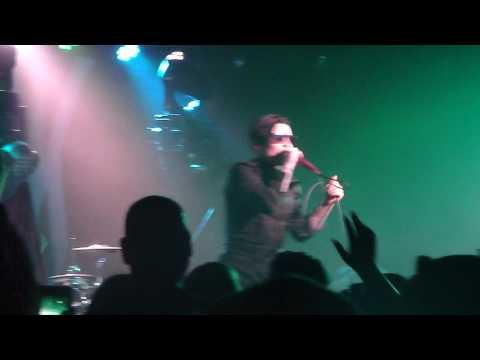 William Control- Beautiful Loser Live mp3