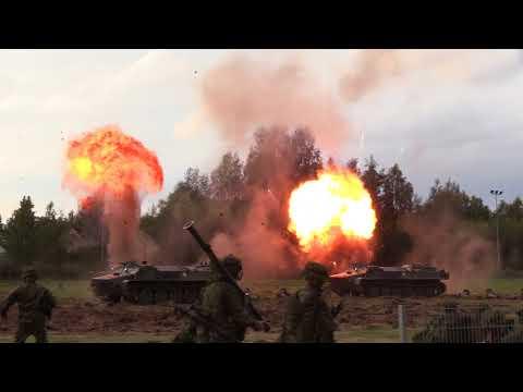 Suomen puolustusvoimat 100 taistelunäytös - The Finnish Defence Forces 100 War Battle Show Oulu