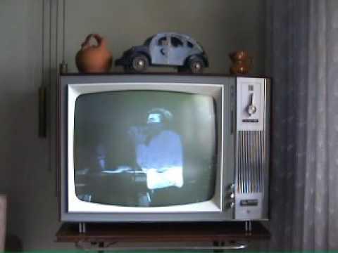 Televisión antigua general electrica española del 1960