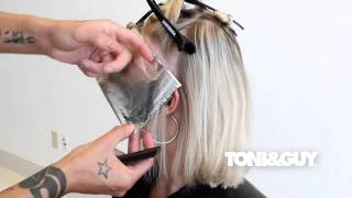 getlinkyoutube.com-How to Color & Highlight Hair | TONI&GUY Hair Color Technique [Platinum blonde / Champagne blonde]