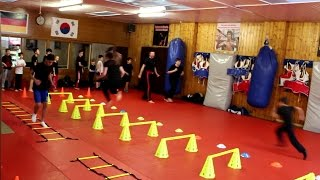 Kickbox-Training für Kinder & Jugendliche in der Fight Academy Song Paderborn