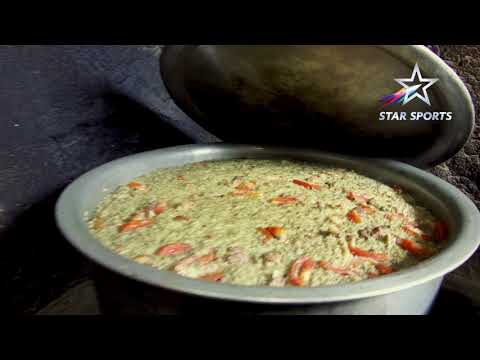 Dean Jones tries 100-year-old Biryani recipe | Hotel Hanumanthu, Mysuru