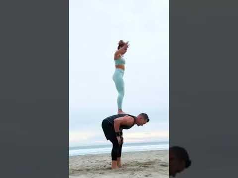 Jump Challenge Couple Beach Youtube
