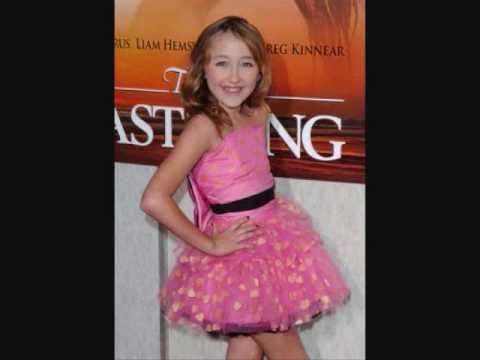 Noah Cyrus, Miley Cyrus, Emily Grace Reaves