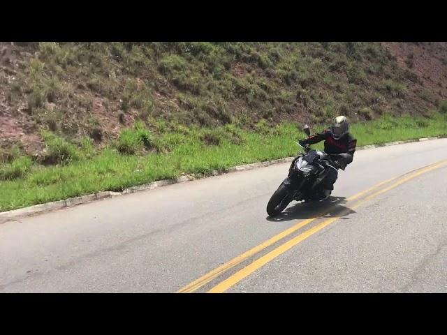 Kawasaki Z900 2021 - Teste - VÍDEO